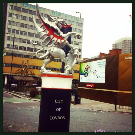LondonSigns17