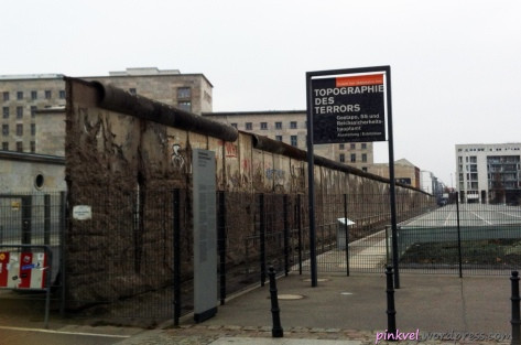 The Berlin Wall and the signs of the terror